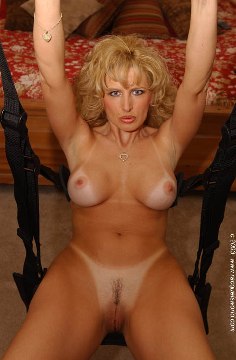 Milf doing all sorts of things 4